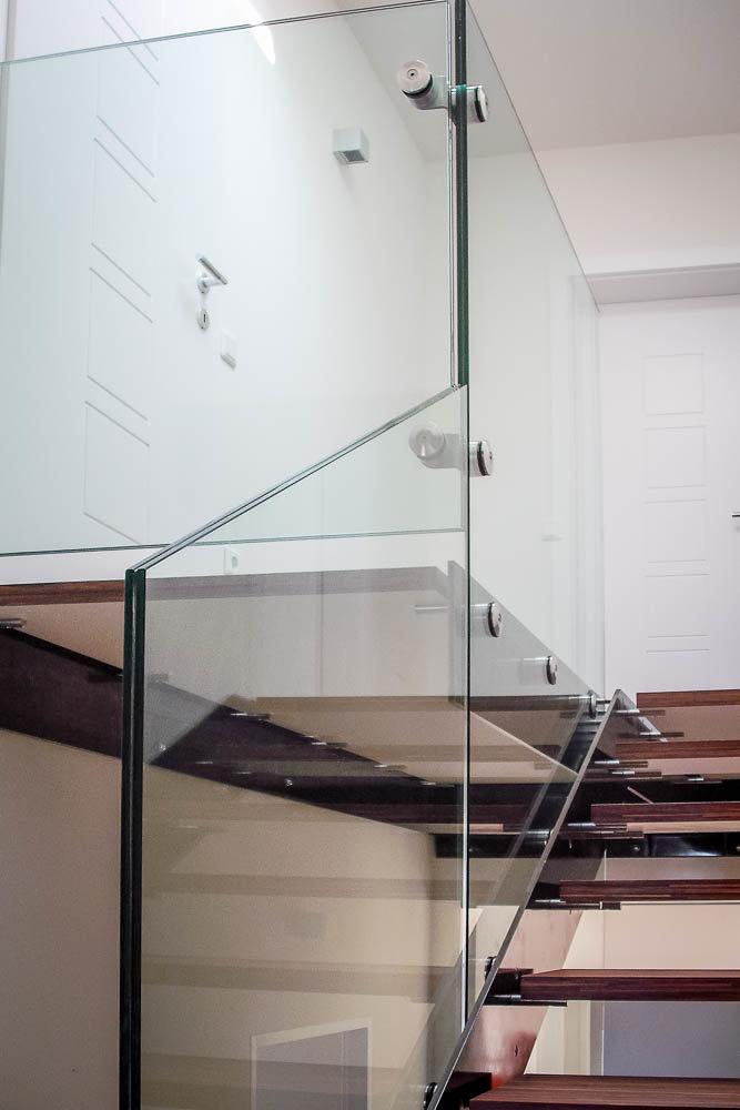 glas eingespannt-3037