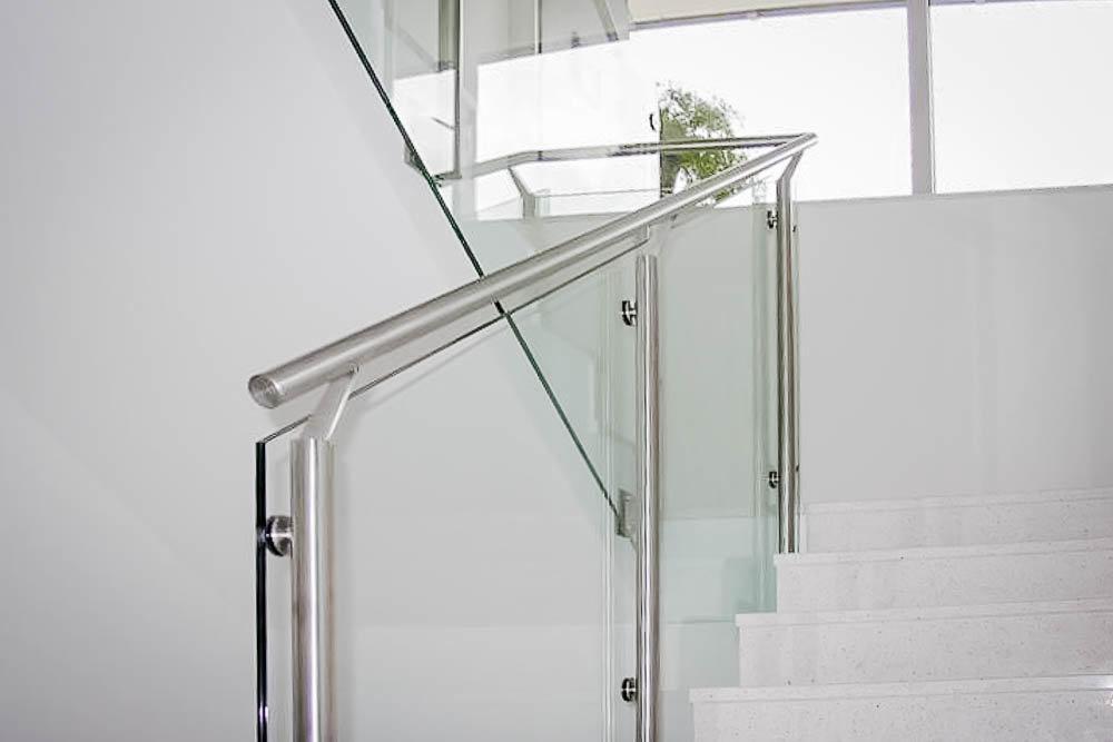 glas nichteingespannt-7310006