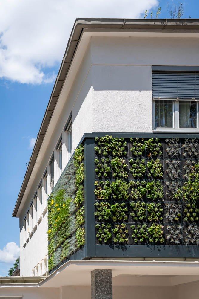 living-panels-08104