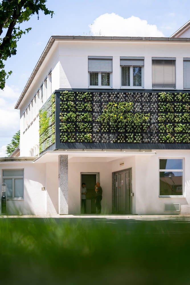 living-panels-08212